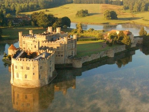 Leeds Castle, Kent, UK  Now that's what we call a landed house  http://www.landedhouses.co.uk