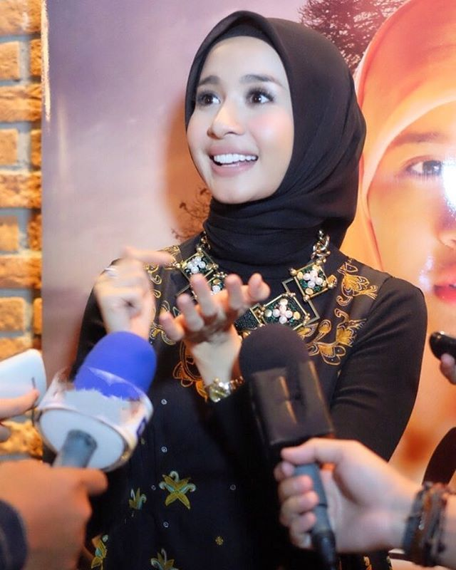 Laudya Cynthia Bella= I would like to say thank you so much to all media who has support me from day one. Thank you once again ... #premierescreening #aisyahbiarkankamibersaudara #laudyacynthiabella #berbagiceritawithlcb #19Mei2016