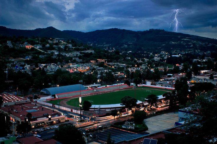 Parte de Tlaxcala capital estadio Tlahuicole foto de Oscar Muñoz Beristain