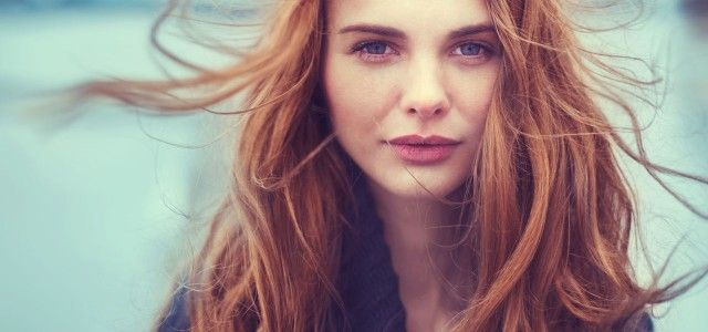 Natürlich Haare färben mit Henna, Kamille & Co. (Foto: © aleshin - Fotolia.com)