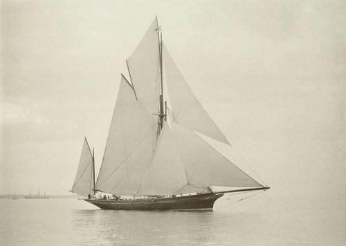 Richard H. Lee's yawl Wendur (1883) perchè il vero viaggio comincia adesso, oltre la nebbia...nel mare, libero, senza una meta