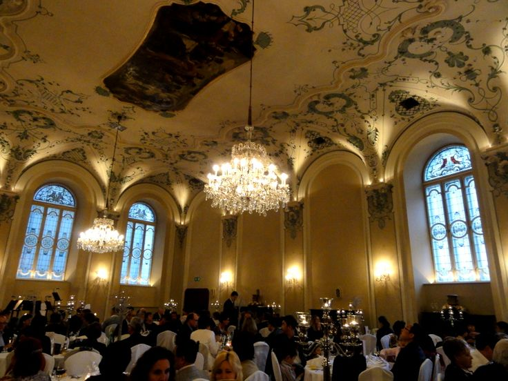 Travel and Lifestyle Diaries Blog: Mozart Dinner Concert at the Baroque Hall of St. Peter's Stiftskeller in Salzburg
