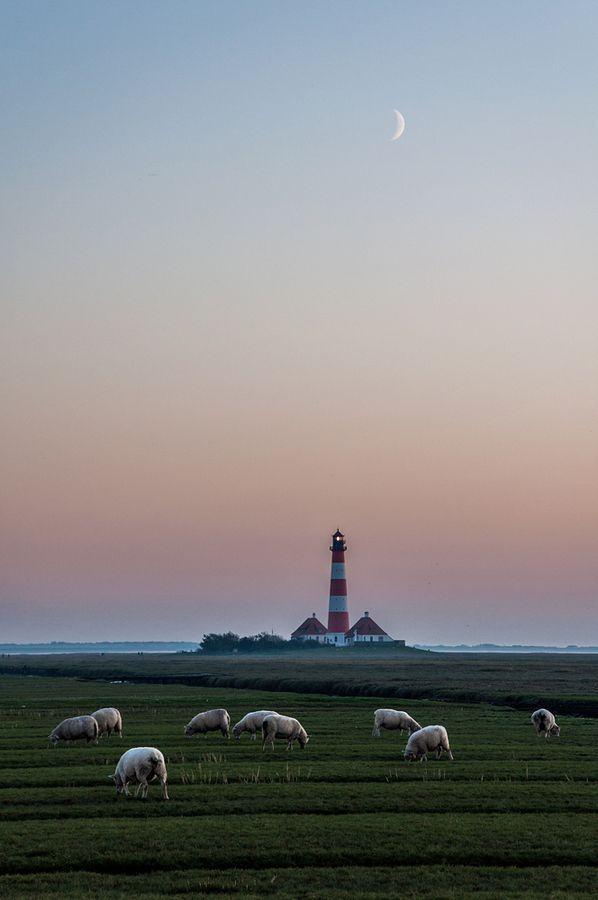 Westerhever #Lighthouse - Schleswig-Holstein, #Germany http://dennisharper.lnf.com/