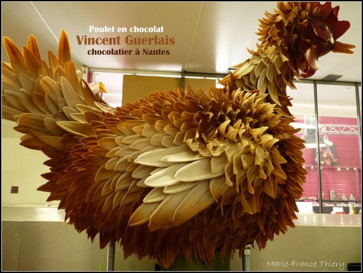 Le poulet géant en chocolat de Vincent Guerlais
