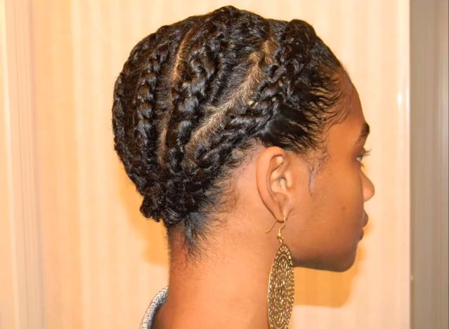 Natural Styles: Cornrows with a TWA is a tutorial that will show you how to do cute cornrows with your teenie weenie afro (TWA). (Natural Hair Tutorial for Teeny Weeny Afro) #NaturalHairMag