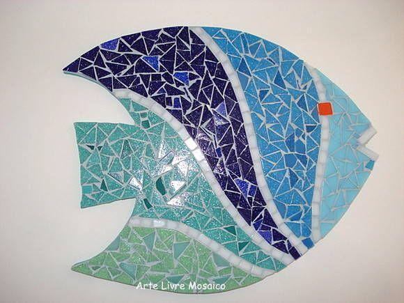 Base MDF, trabalho em mosaico com pastilhas de vidro. <br>Tamanho: 23 cm…