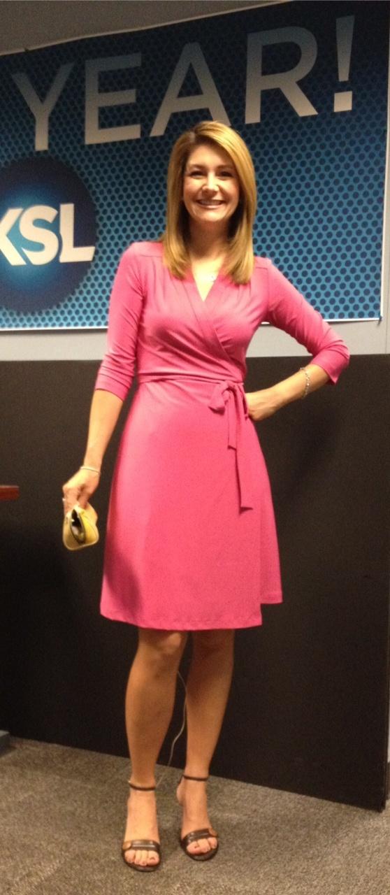 #KSLAM anchor Lori Prichard's choice today: a pink wrap ...