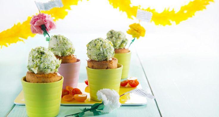 Cupcakes dos Santos Populares - http://www.entretaxos.com/cupcakes-dos-santos-populares/