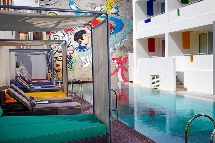 Poolside Luna2 studiotel, Bali.  Pool design and architecture by Melanie Hall #architecture #pool #mondrian-ic #60s