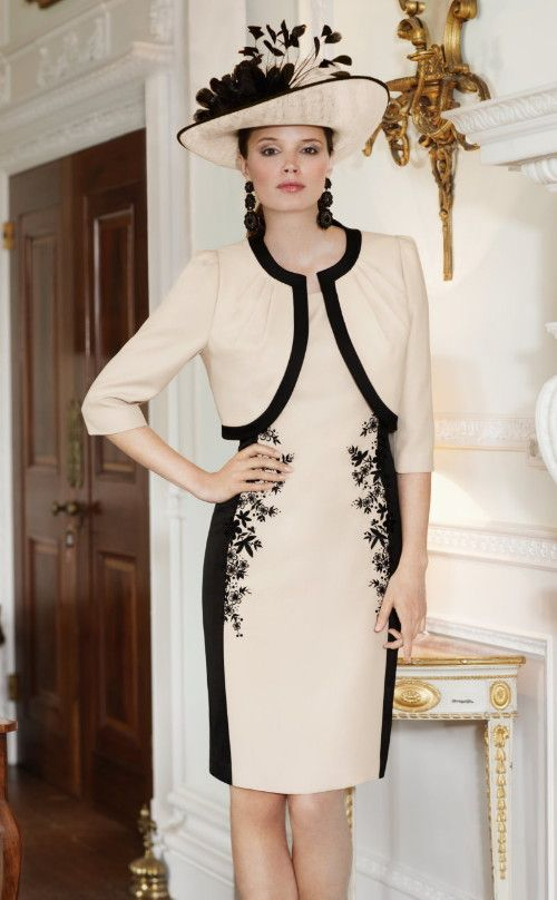 Mother of the Bride Dress and Mother of the Groom Dress [25 Beautiful Examples]
