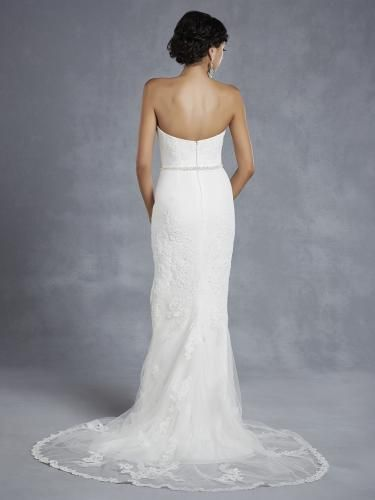 Igen Szalon wedding dress- BT15-30 #igenszalon #beautiful #weddingdress #bridalgown #eskuvoiruha #menyasszonyiruha #eskuvo #menyasszony #Budapest