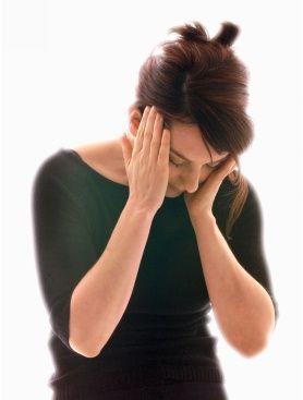 Die Injektion von Botulinustoxin A (zum Beispiel Botox®) in bestimmte Kopf- und Halsmuskeln führt bei Patienten mit chronischer Migräne zu einer signifikanten Verbesserung der Symptomatik. Das berichteten Experten auf einer von der Firma Allergan gesponsorten Veranstaltung beim Internationalen Kopfschmerzkongress in Berlin.