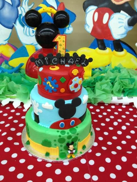 Cake at a Mickey Mouse Clubhouse Party   I really think I can do this one for Caroline  I may need a few girlfriends help