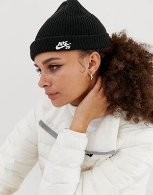 74d0efdec773d0 Nike Sb Black Fisherman Beanie Hat   Trainers en 2019   Beanie hats, Hats y  Nike sb