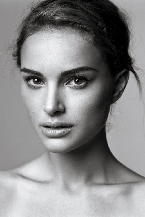 weezyns: boga-es-mi-religión: violentmovement: Natalie Portman boga-es-mi-religion.tumblr.com.