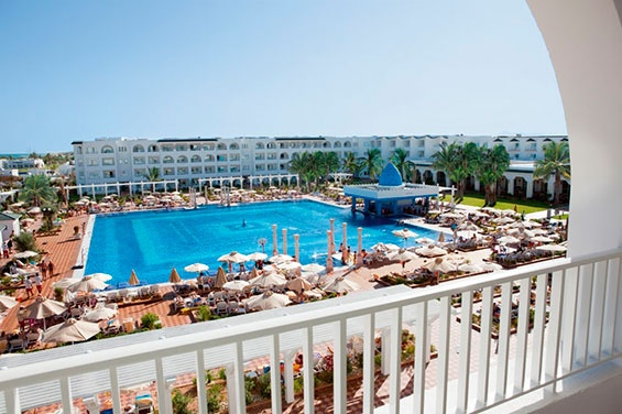 The ClubHotel Riu Marco Polo (All Inclusive) was built with an elegant Arabic style and you can find it at the banks of a beach with white sand in Hammamet, Tunisia. ClubHotel Riu Marco Polo - Hotel in Hammamet, Tunisia - RIU Hotels & Resorts