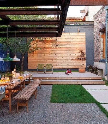 Outdoor dining patio contemporary enclosed backyard for Homes with enclosed courtyards