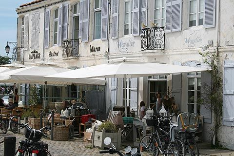 Ile de Ré - the perfect holiday destination or a great day out off season...