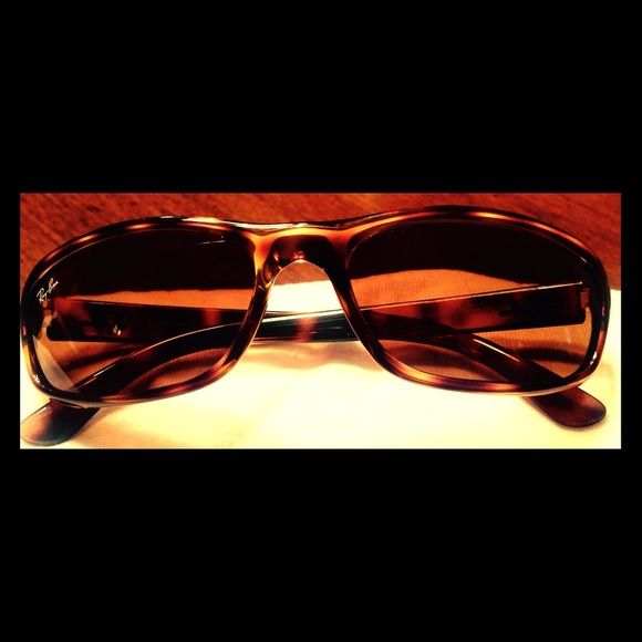 Womens Original Ray Ban Sunglasses Serial # RB4115 Almost new Ray Ban Tortoise Women's  Sunglasses! No scratches, or dings, or dents. Ray-Ban Accessories Glasses