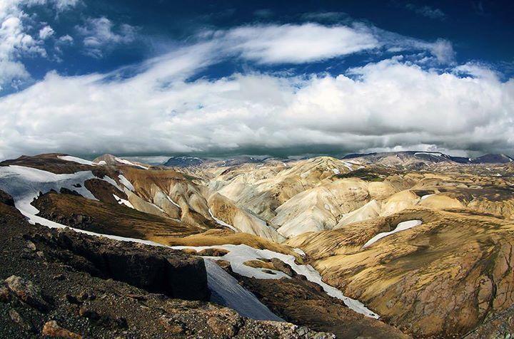 Comparateur de voyages http://www.hotels-live.com : Le Landmannalaugar est assurément l'un des sites incontournables d'Islande à inscrire dans son programme. Il est conseillé d'y rester au moins une ou deux nuits pour profiter de ses paysages grandioses. Photo de TravellingMogwai #leroutard #routard #islande #landmannalaugar #voyage Hotels-live.com via https://www.instagram.com/p/BBnNAVXnd0F/ #Flickr via Hotels-live.com…