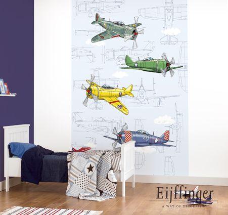 Leuk behang voor een jongenskamer van Eijffinger - Fly Away - oude vliegtuigen