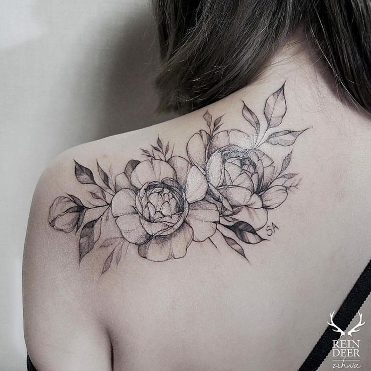 32 Best No Line Flower Tattoo Images On Pinterest: By @zihwa_tattooer #floraltattoo This Is A Favorite