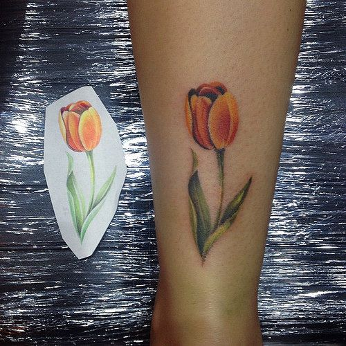 Small tulip #tattoo on the back of the leg | Katya Slonenko | Flickr