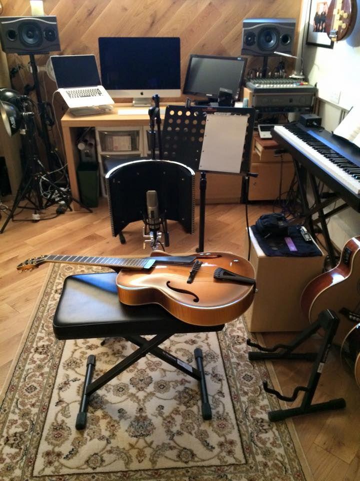 martin taylor´s music room