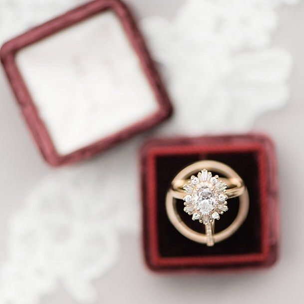 How #goals is this engagement ring from today's featured wedding!  Photography by@ericandjamiephoto | Ceremony and Reception Venue:@debargewines | Event Planning by @ashleydormanevents | Floral Design by@petalinefloral | Wedding Cake by@sweet_angel_cakes| Stationery Design by@paperlesspost | Wedding Dress from@monicasbridal |Bride's Shoes from@Keds| Bridesmaid Dresses from@monicasbridal| Hair Styling and Makeup by@spagochatt | Catering and Rentals from@eventswithtaste | Groom and Groomsmen…