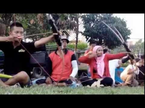 'Jemparingan Saben Setu' Javanese Traditional Archery - YouTube