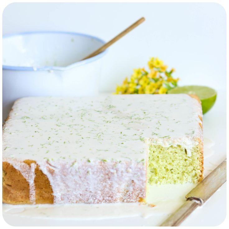 Bolo gelado de limão com gelatina sem glúten/leite | Vídeos e Receitas de Sobremesas