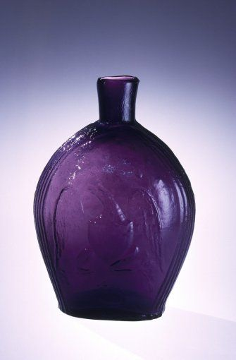 Flask by Clevenger Bros. Glass Works, about 1930-1940 | Corning Museum of Glass #glass #amethyst #flask