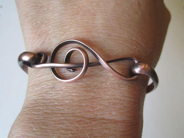 treble clef bracelet