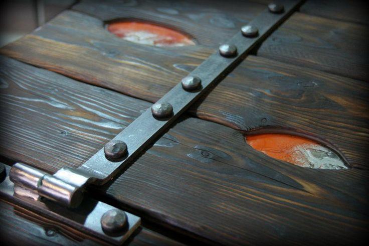 fusing glass in wooden door -handmade by www.zagorskikuznia.pl