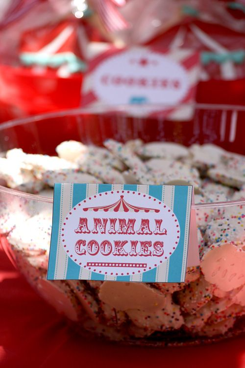 vintage circus birthday party: confetti animal cookies