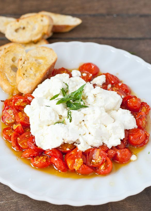 Need an easy summer appetizer? These Roasted Tomatoes and Goat Cheese make the best of summer's produce!