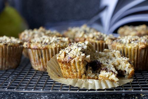 pear and hazelnut muffins