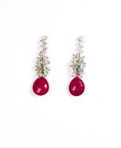 Oorbellen met robijn €186,00 | MPM Jewelry by Pilar Montes #rood #red #redjewellery #redjewels #sieraden #oorbellen #robijn