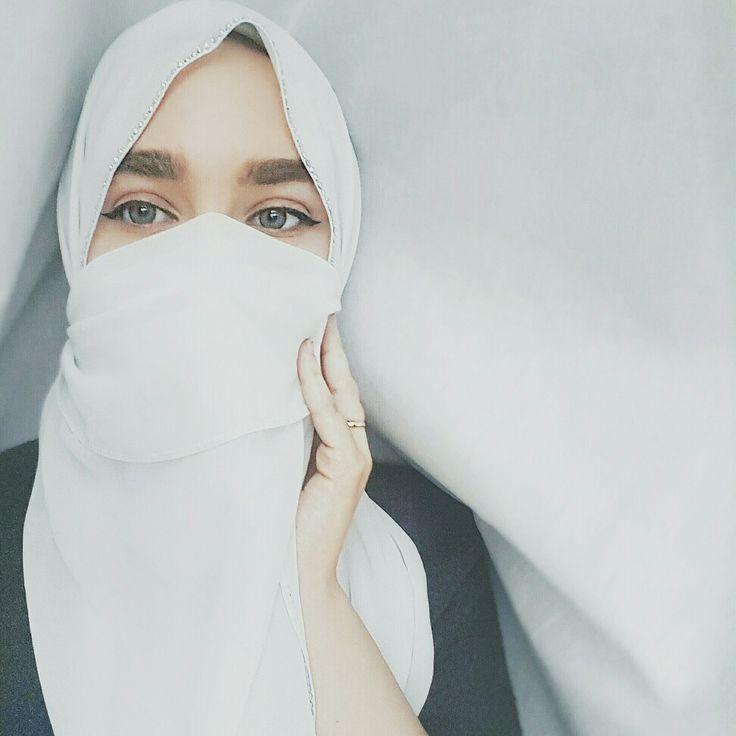 Aesthetic clean vibes... niqabi love @leilasveils
