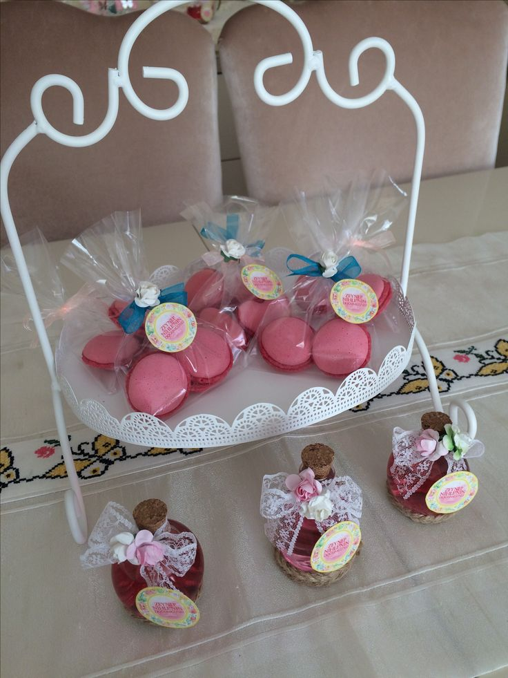 Makaron, french macaron, kolonya şişesi, baby shower, birthday party  Insta: gift.for.baby