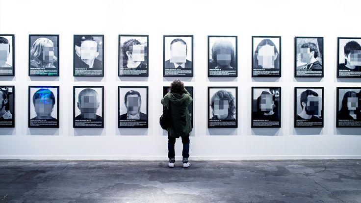 Un artista vende como presos políticos en ARCO a los golpistas los agresores de Alsasua o Bódalo