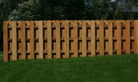 sealed shadow box fence