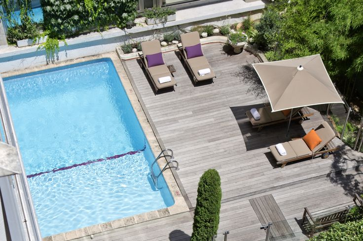 A nice view of the swimming-pool @ Mercure Cannes Croisette Beach #CoteDAzur #France