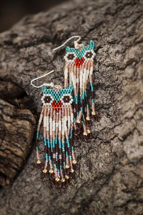 Beaded Owl Earrings with Dangling Fringe por CathysMidnightCrafts
