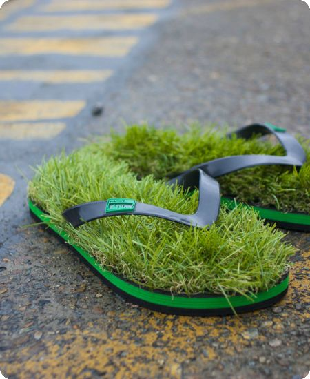 grass under your feet: To, Green Shoes, Idea, Funny Shoes, Grass Flip, Design Interiors, Flip Flops, Modern House, Style Fashion