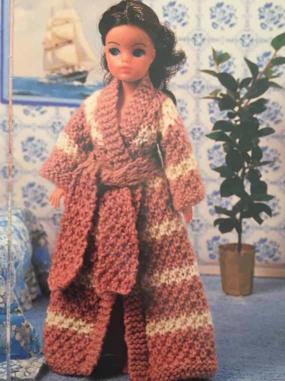 Free Knitting Patterns For Ken Dolls : 376 best images about Barbie, Sindy and Ken dolls clothes ...