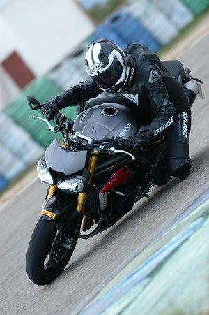 Triumph Speed Triple 2016