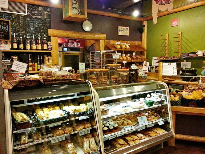 The Bearspaw Cafe in Jasper - GREAT BAKERY open at 6 AM