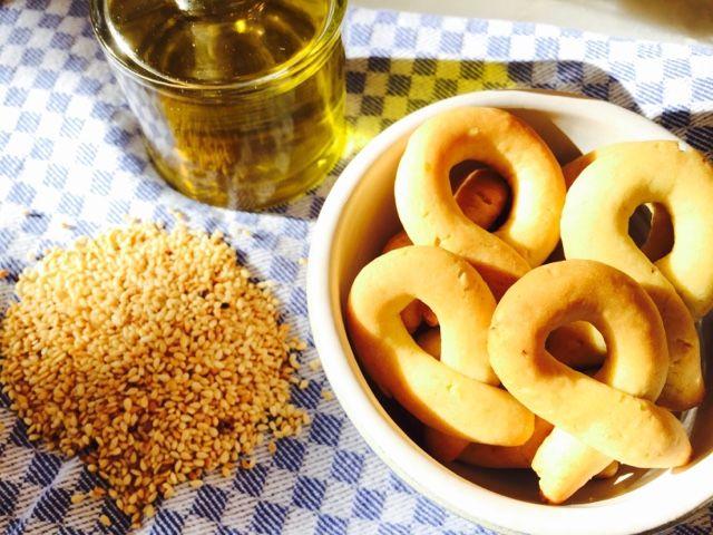 Gourmelita: Αρωματικά Κουλουράκια Λαδιού