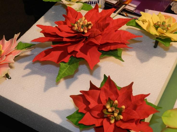 Flores de Navidad, parecen de verdad!!